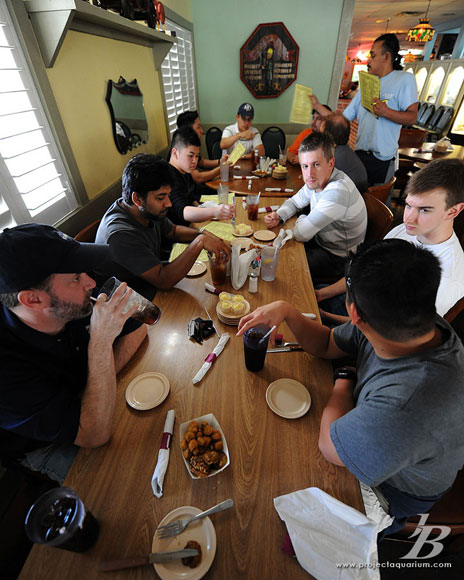 Houston Plant Fest 2009 - Eating with the crew